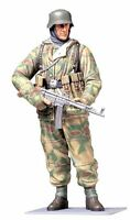 Tamiya 1/16 World Figure Series No.04 German army winter equipped infantry winte