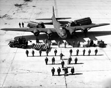 8x10 photo B-17 & flight crew in 1942