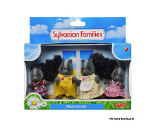 Sylvanian Families Calico Critters Skunk Family