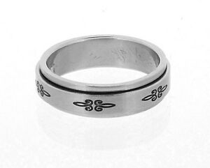Stainless Steel Spinner Ring with Black Fleurs in 8 Sizes R14