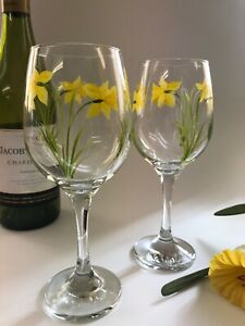 Pair of individually hand painted Wine Glasses Daffodil Design