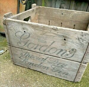 VINTAGE post war GORDONS GIN WOODEN BOX delivery crate shop counter display prop