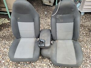 2003 Ford Ranger 60/40 Bench Seat With Center Console Black and Gray