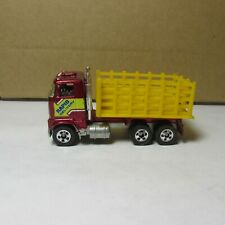 OLD DIECAST HOT WHEELS BLACKWALL FORD STAKE BED TRUCK MF RED MADE IN MALAYSIA