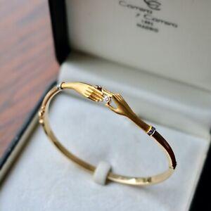 Carrera y Carrera 18ct yellow gold and diamond Hands bracelet in original box