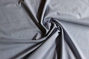 Stoffrest: 1,30 m Hemdenstoff, Streifen, blau - weiß, Mat: BW - PE, 2. Wahl