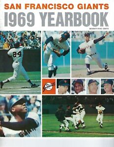 1969 San Francisco Giants Baseball Yearbook magazine Willie Mays, McCovey VG
