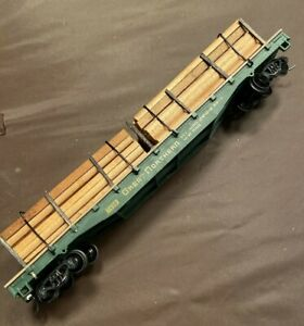 HO Scale Great Northern Flat Car w/ Wood Loads Scratch Built?