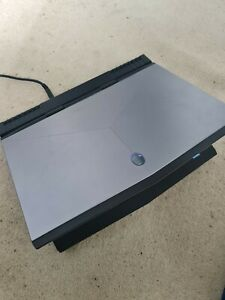 Dell Alienware 15 R4 Gaming Laptop i7-8750H 16GB ram GTX1060 225gb SSD 925gb HDD