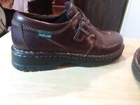 """Women's Eastland shoe size 9 medium """" Great Shape """""""
