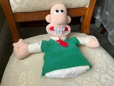 WALLACE AND GROMIT HAND PUPPET OF WALLACE SOFT TOY NEEDS A CLEAN