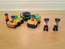 Airport Ground Crew, Pilots &  Vehicles Play set  - Made in China