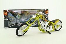 Newray escala 1:12; Custom Chopper Motocicleta; se reunió verde-oro; Excelente En Caja