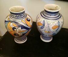 Coppia di vasi in ceramica di Sciacca interamente lavorati a mano