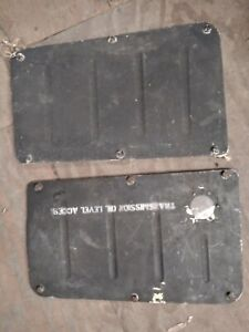 Bell UH-1H/ 205 TRANSMISSION CABIN WALL  ACCESS PANELS