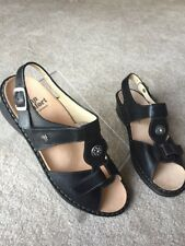 New FINN COMFORT Adana Black Leather Rhinestone Women Shoes Sandals US 9.5 UK 7