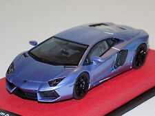 1/43 Looksmart Lamborghini Aventador LP 700-4 Light Violet Metallic Leather Base