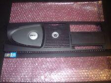 Dell Precision 470 cadre avant U2721, T2891