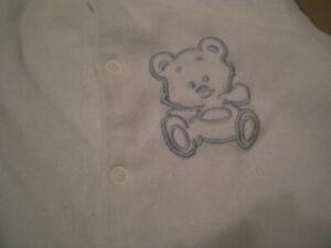 toller  Baby Schlafanzug Pyjama Langarm Gr 86 von C&A durchgehend zu öffnen