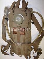 US.Army ACU/ USMC Coyote Hydramax Hydration System Carrier/Bladder 3 L Back Pack