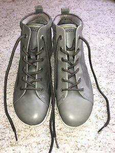 Ecco Ladies Grey Lace Up Ankle Boots Size 6 Brand New
