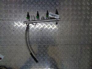 Mercedes-Benz M271 Kraftstoffverteiler A2710703595 incl.  4x Düsen A2710780023