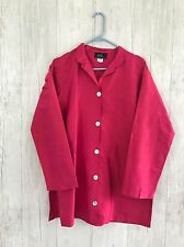 UC2 Under Conctruction Women's Shirt sz Small 100% Silk  Hot Pink Pearl buttons