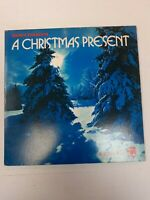 "Ronco Presents A CHRISTMAS PRESENT 12""  1973 CBS VG+ Complete!"