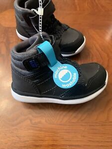 NWT-Baby Boys Stride Rite M2P Saul High-Top Sneakers -Size 6