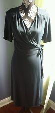 Ann Taylor loft size 6 blue green wrap dress