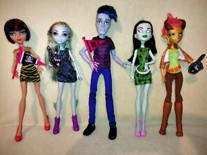 Monster High Gilda Goldstag & Student Disembodied Council. COMPLETE EX DISPLAY!