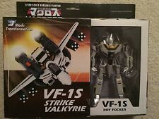 Toynami Macross 1/100 VF-1S Strike Valkyrie for Roy Focker