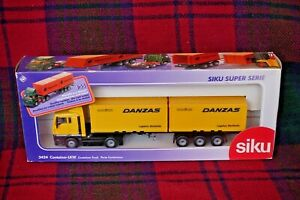 """SIKU 3424 1/55 IVECO Turbostar """"Danzas"""" container truck (2x containers) (MIB)"""