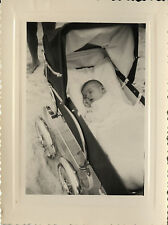 PHOTO ANCIENNE - VINTAGE SNAPSHOT - ENFANT LANDAU DORMIR SOMMEIL -CHILD SLEEPING