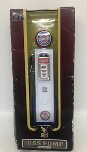 New In Box Road Signature 1/18 Scale Diecast BUICK Gas Pump Yat Ming