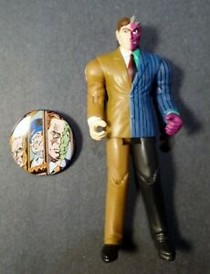 """DC Infinite Crisis 3.75"""" Figure TWO FACE // 75 Years Super Power Dent with PIN"""