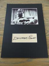 Doctor ross (+ 1993) signed autógrafo en 25x35 cm Passepartout inperson raras