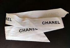 Authentique Blanc Chanel Boutique Ruban 1 in (environ 2.54 cm) x 85 cm