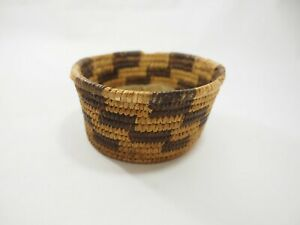 Antique Papago Woven Trinket Whatnot Basket Box