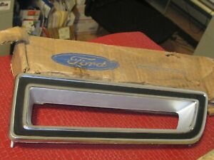 NOS 1973-1978 Ford Country Squire left rear marker chrome bezel