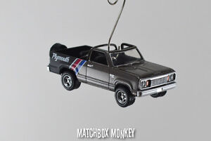 Vintage Retro Style 1977 Plymouth Trail duster Truck Christmas Ornament 1/64 Ram