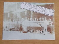 MILITARY PHOTOGRAPH - SHROPSHIRE Lt Inf - GROUP IN HONG KONG c1897 - m1449