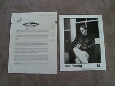 Neil Young Broken Arrow 4-Page Press Release and Publicity Photo -1996 Near Mint