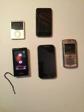 Job lot of phones spares or repair, blackberry,Motorola I pods , digital camera