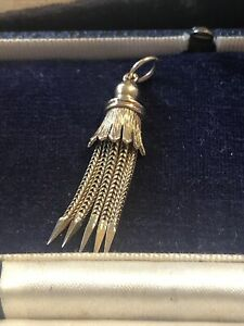 VINTAGE 9 CT YELLOW GOLD TASSEL PENDANT RARE COLLECTABLE ORNATE 3.1 GRAMS