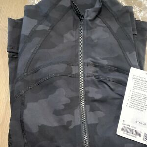 NWT auth lululemon define jacket in Heritage Camo size 8. in wrapper!