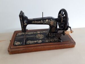 Rare 1902 model Singer 48k Ottoman Hand Crank sewing machine R679361