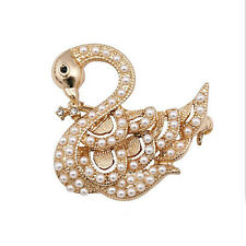 18k Gold Plated White Faux Pearl Swan Corsage Brooch Pin