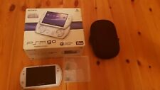 Sony PSP Go 16GB Pearl White Console