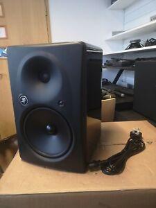 """Mackie HR824 mk2. 8.75"""" Powered Studio Monitor (B-Stock)"""